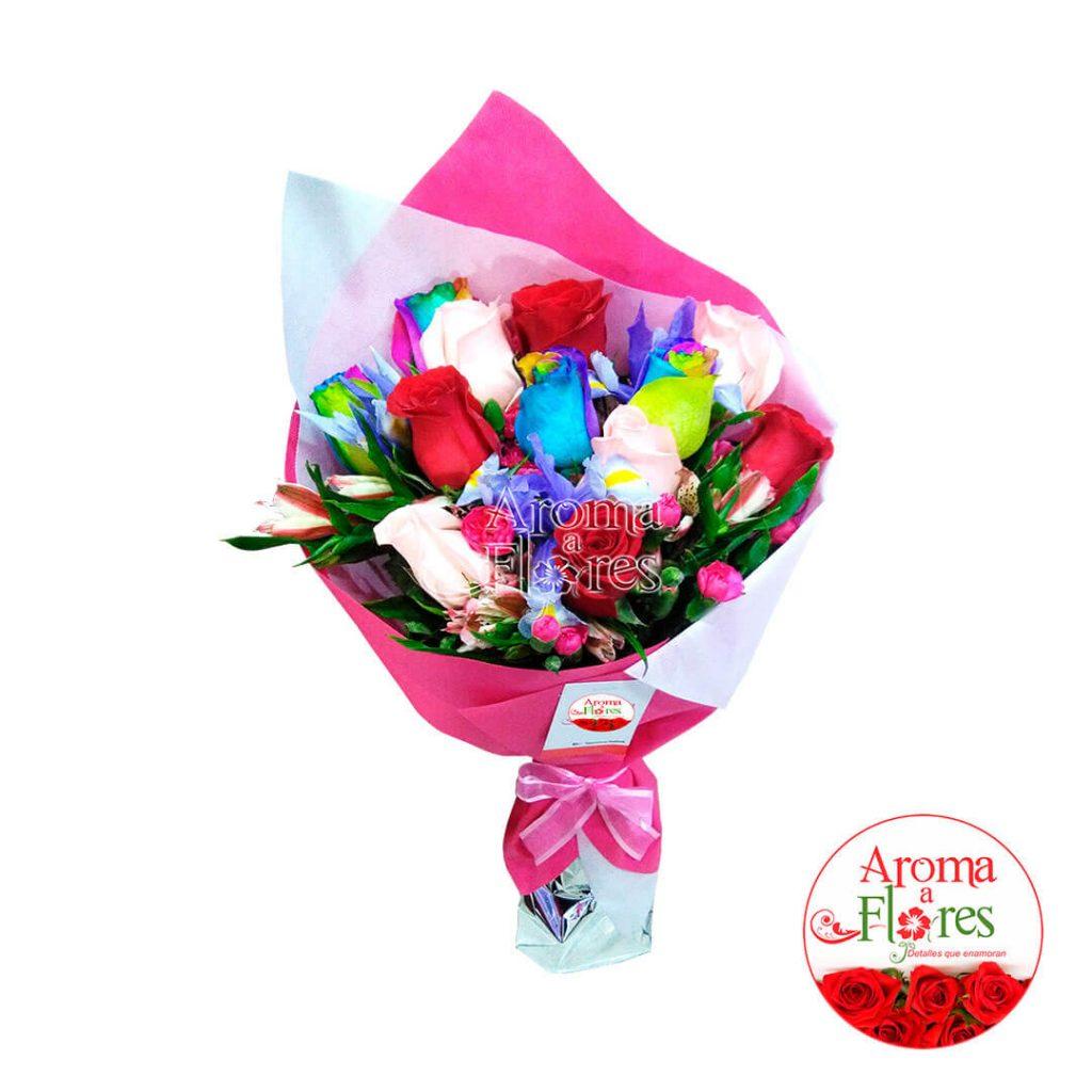Ramo 12 Rosas Aroma a flores Variedad