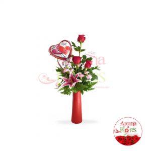 3 rosas mas globos aroma a flores