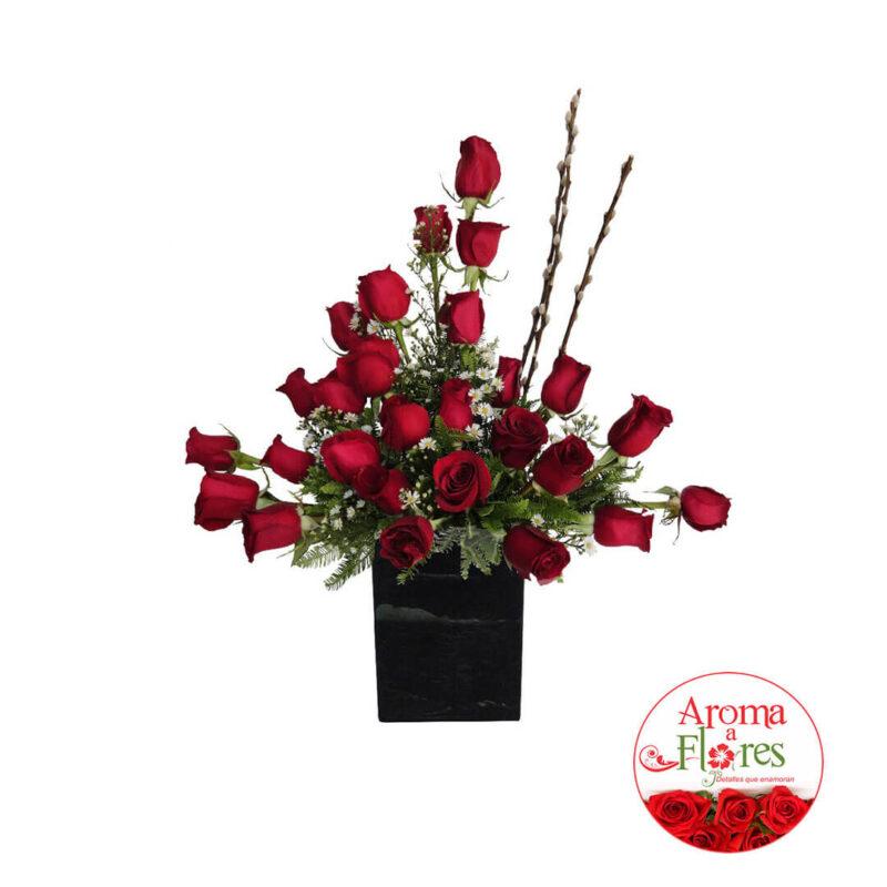 Elegante arreglo aroma a flores