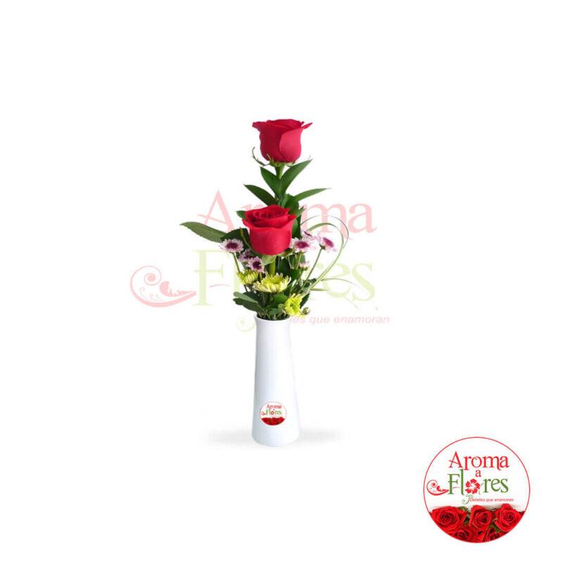 florero dos rosas aroma a flores