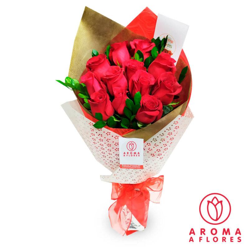 ramo-12-rosas-amor-aromaaflores