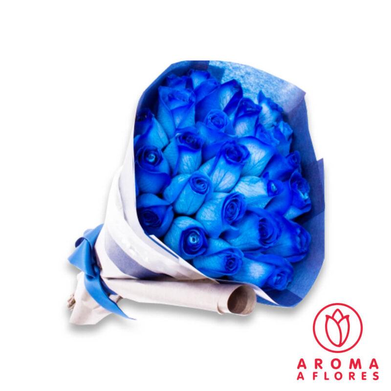 ramo-24-rosas-azules-aromaaflores