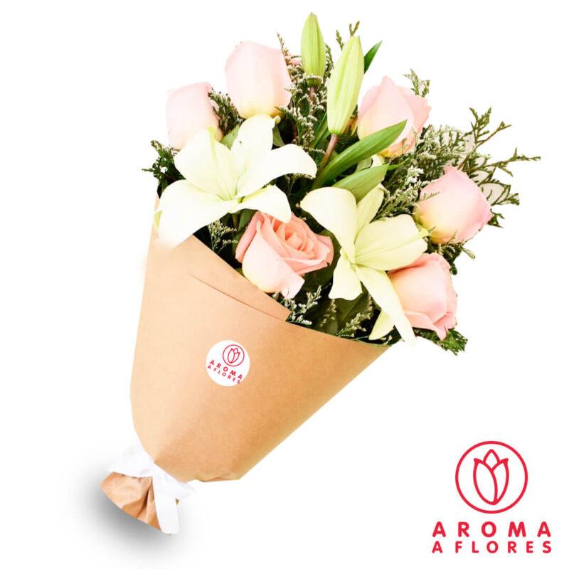 ramo-lilium-y-6-rosas-rosadas-aromaaflores