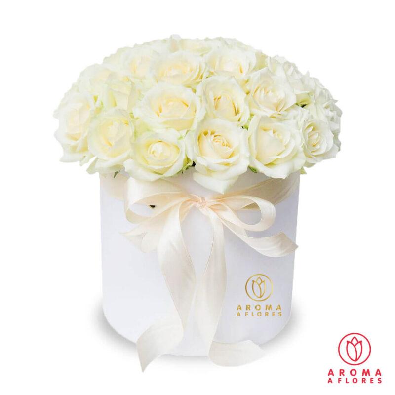 Box-30-rosas-blancas-aromaaflores
